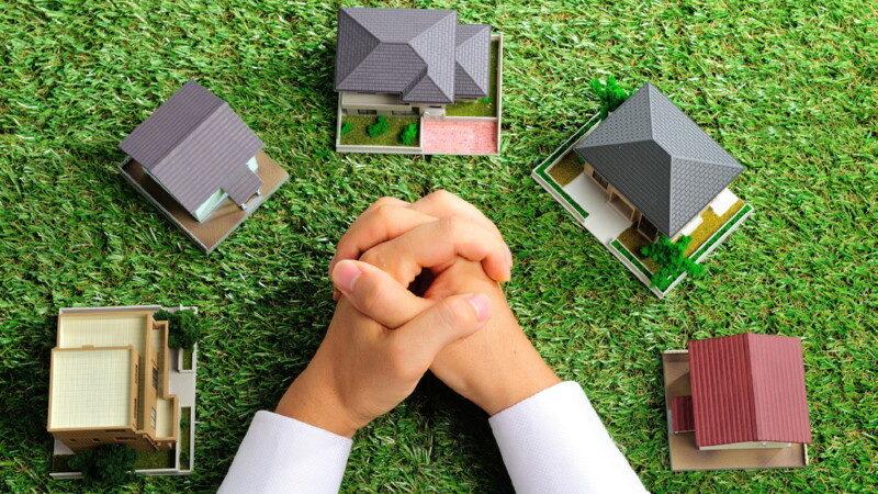 Как зарегистрировать право собственности на подаренную или полученную по наследству квартиру в МФЦ